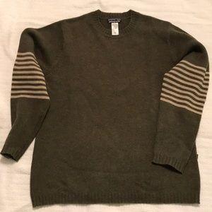 Men's Patagonia Green Sweater. Wool/nylon. Medium